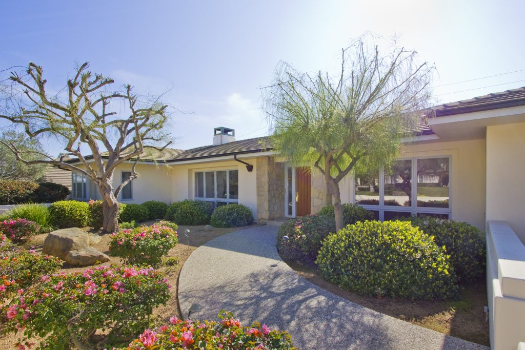 santa barbara house, montecito real estate, front yard, camino molinero, rancho san antonio, front of house, curb appeal,