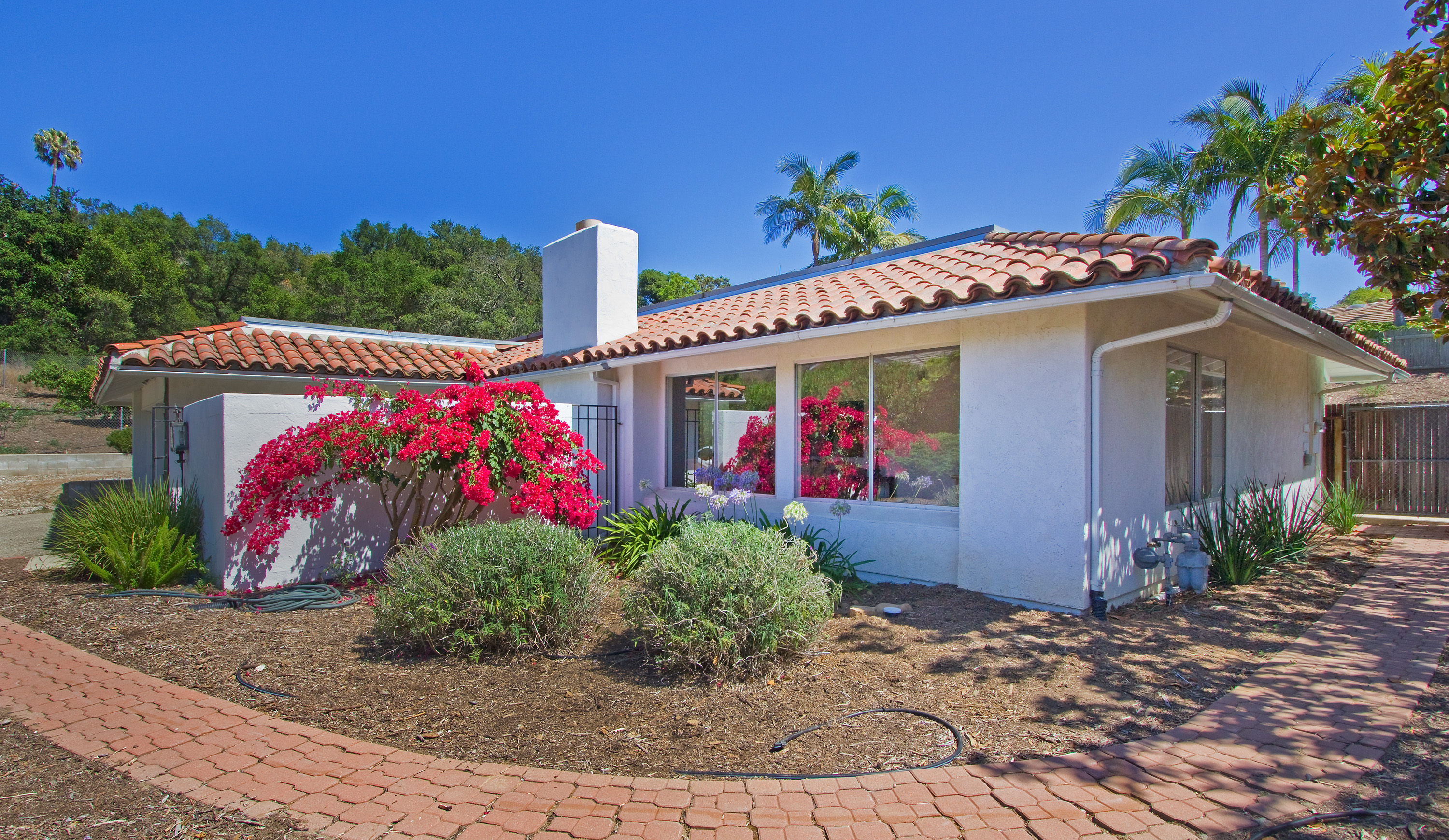 Home for sale in the santa barbara foothills real estate for Santa barbara new homes