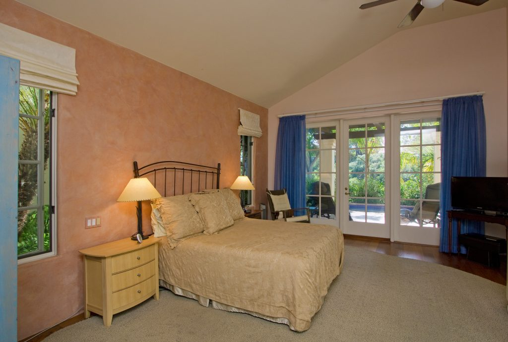master bedroom, large bed, luxury bedroom, large rooms, open floor plan, residential real estate,