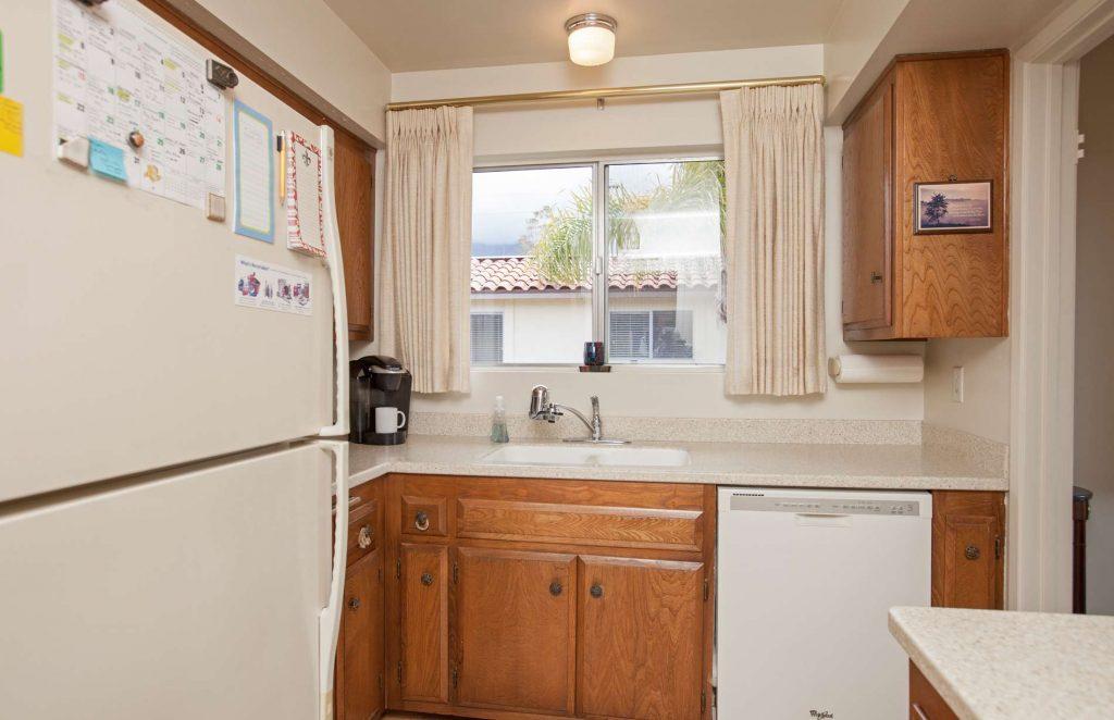 real estate condo, condo for sale, kitchen condo