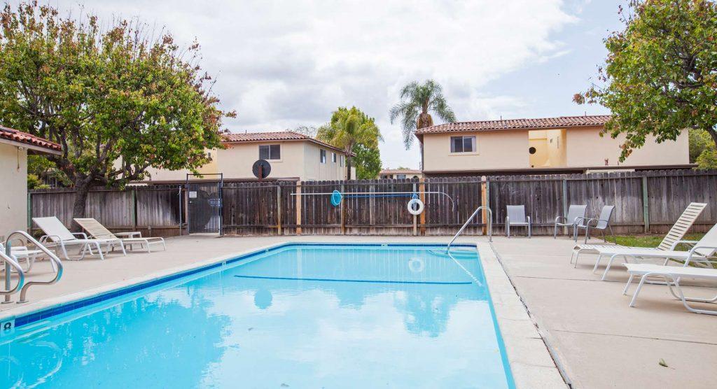 pool view, pool view to condo, condo pool