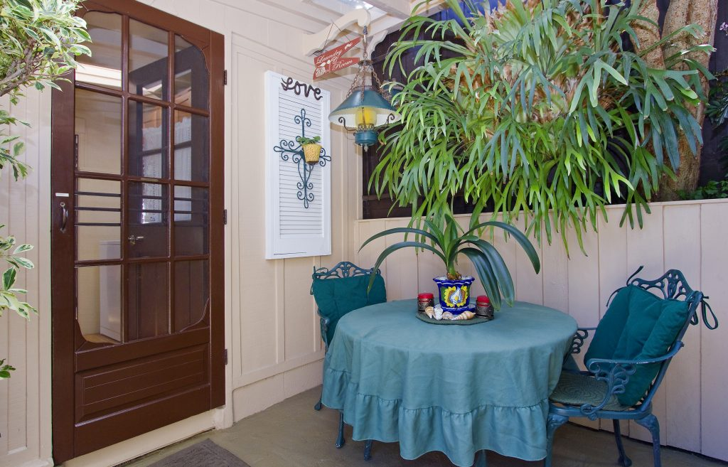 sitting, back, table plants, relax, montecito, santa barbara, real estate