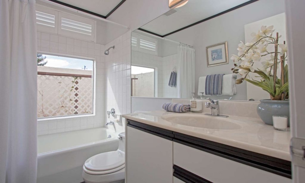 hope ranch home with bathroom, santa barbara hope ranch real estate